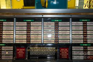 old-vintage-seeburg-jukebox-dsc2761-wingsdomain-art-and-photography